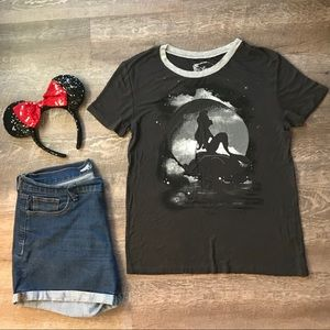 Little Mermaid Black T-Shirt with Gray Collar Sz M